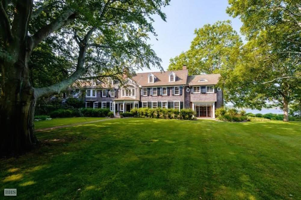 Panicked wealthy fleeing the coronavirus drive up rental prices in the Hamptons and Hudson Valley