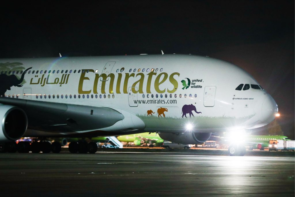 Emirates steps back from suspending all passenger flights